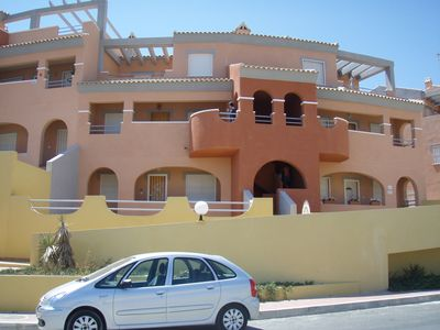 Photo for 3 Bed Duplex Apartment With Communal Pool Close To Restaurants And Shops