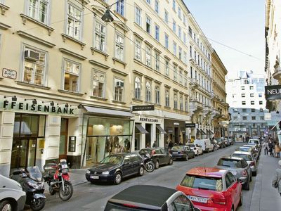 Photo for Apartment Inner City in Wien/1.distrikt - 4 persons, 1 bedrooms