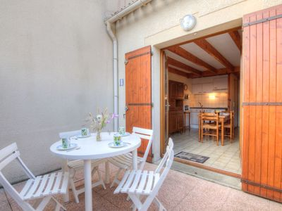 Photo for One bedroom Villa, sleeps 4 with WiFi and Walk to Beach & Shops