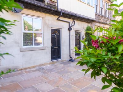 Photo for 2BR Apartment Vacation Rental in Harrogate