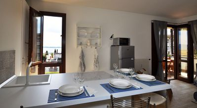 Photo for 1BR Apartment Vacation Rental in Gardone Riviera, Lombardia