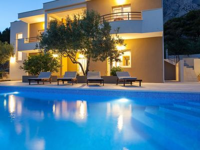 Photo for ctma104/  Holiday house with private pool in Makarska, consists of three separate living units, up to 10 people
