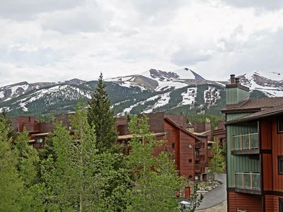 Photo for *Covid Cleaning Protocol* Ski In Condo Steps from Downtown, Great Views, 5 Beds
