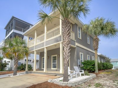 Photo for 30A Vacation Rental House with Gulf Views + Bikes + Next Door to Rosemary Beach