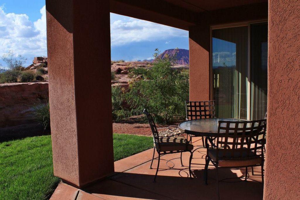 Beautiful Private Utah Hill Views Entrada Immaculate Gated Small