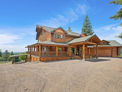 Photo for Mountain Ridge Log Home with 360 Degree View