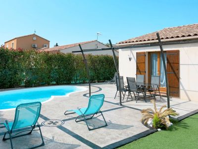 Photo for 3 bedroom Villa, sleeps 6 in Lézignan-la-Cèbe with Pool and WiFi