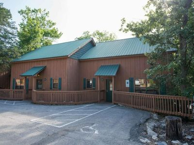 Photo for Spacious 3br in Branson's Cabins at Green Mountain Resort