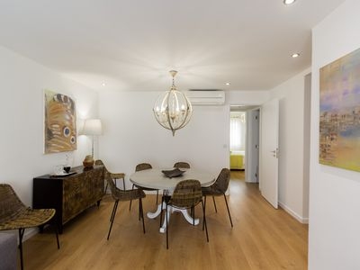 Photo for Wide Apartment in Lisbon
