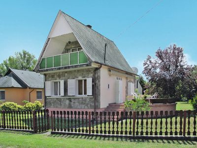 Photo for Vacation home Violett (MAF120) in Balatonmariafurdo - 5 persons, 3 bedrooms
