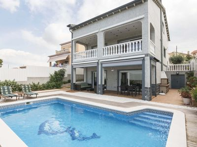 Photo for Catalunya Casas: Magnificent Villa Vendrell for 7-8 guests, only 6.8km to the beach!
