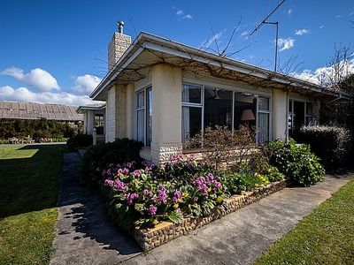 Photo for Alf and Thelma's - Te Anau Holiday Home