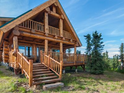 Photo for Denali only 17 miles away! Outdoor grill, washer/dryer, jacuzzi tub w/view