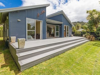 Photo for Waihi Wonder - Waihi Holiday Home