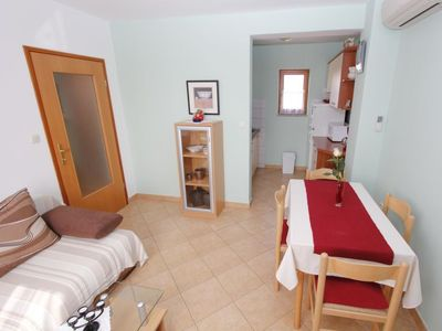 Photo for Apartment HOUSE PEPCA in Medulin - 4 persons, 1 bedrooms