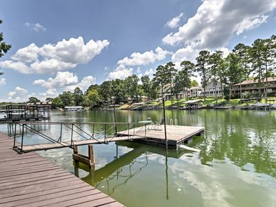 Photo for Cute Lakefront Hot Springs Condo w/Balcony & Dock!