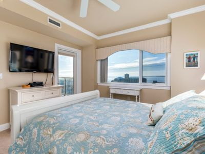 Photo for Meridian 704-W - 3 Private Decks - 3 Bedrooms