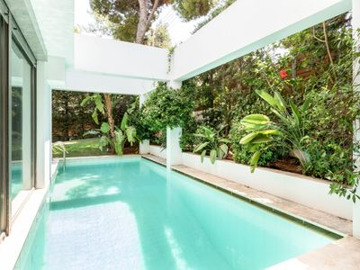 Photo for Villa Lillium with pool & garden by JJ Hospitality