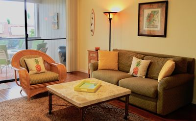 Photo for Gorgeous Remodeled Downtown KONA, BIG 1 Bedroom Condo! Inquire about Specials!!!