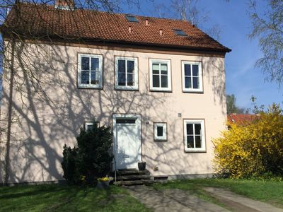 Photo for Quietly situated, tastefully furnished apartment in Celle