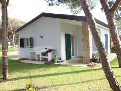 Photo for Wonderful private villa with A/C, TV, washing machine and parking