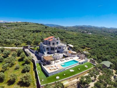 Photo for 6 bedroom Villa with outstanding views offering high quality living!