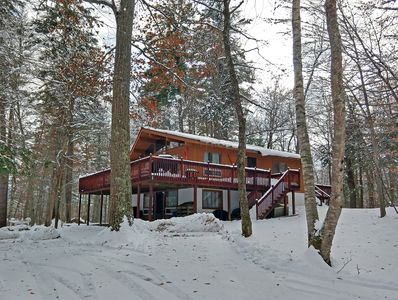 Welcome to Lake Rescue Chalet!