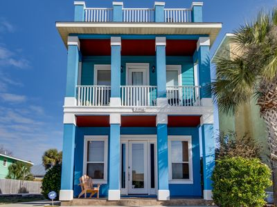 Photo for Lovely home near the beach w/ deck, gulf views, & more - snowbirds welcome!
