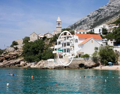 Photo for Apartment in Pisak (Omiš), capacity 2+3