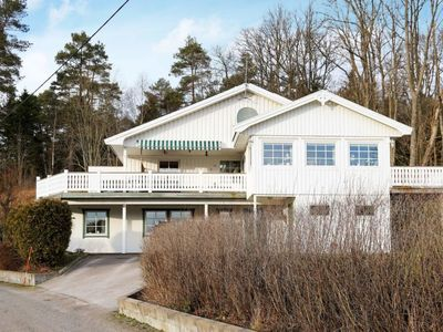 Photo for Vacation home Ljungskile in Ljungskile - 5 persons, 2 bedrooms