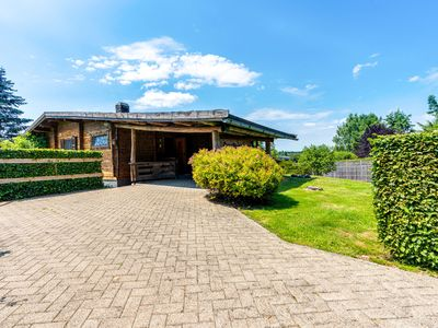 Photo for Traditional chalet with garden near Malmedy and Hautes-Fagnes