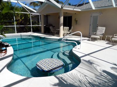 Photo for 5 Min Walk To South Beach, Restaurants, Shops, Mini-Putt... Wonderfully Located!