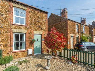 Photo for Traditional brick and carrstone end terrace cottage located in Snettisham.