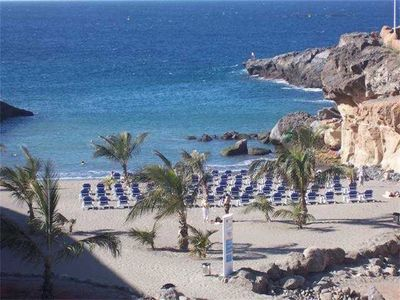 Photo for Beautiful apartment with sea views, heated pool and close to a very nice beach