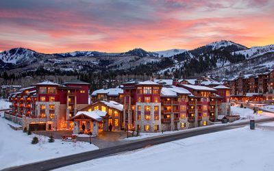 Photo for Spectacular 2 Bed / 3 Bath, Ski In / Ski Out Vacation March 14-21 Only