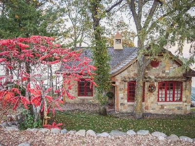 Photo for Beautiful Stone Cottage  Warm Cozy Get Away