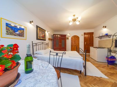 Photo for Apartment Vacation Rental in Dubrovnik, Dubrovnik-Neretva County