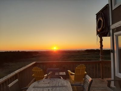 Private Oceanfront Home - OPEN June 28-July 2nd - Beach Path - Kid/Dog Friendly