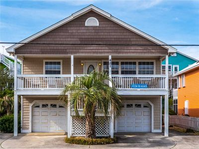 Photo for Fish N Hooks: 5 BR / 3 BA house in Kure Beach, Sleeps 12