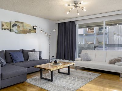 Photo for Stylish Downtown Condo with one free parking