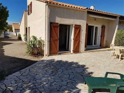 Photo for Saint-Pierre-La-Mer : Beautiful and spacious 3 bedroom villa