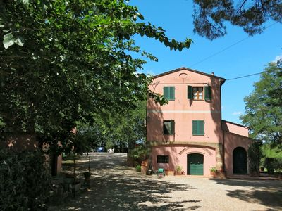 Photo for Wonderful  villa for 8 people with WIFI, private pool, TV, balcony and parking