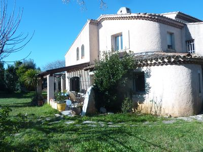 Photo for Beautiful Provencal house with a large plot close to the sea