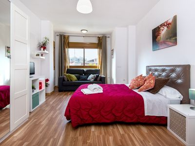 Photo for Charming Studio Apartment in Good Location with Wi-Fi and Air-Conditioning