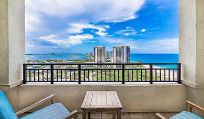 Photo for 25% off Breathtaking ocean views in Palm Beach Resort & Spa, Gorgeous and comfortable condo unit 911
