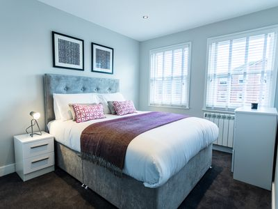 Photo for Wiltshire Suite - Luxury Serviced Flat in Old Town