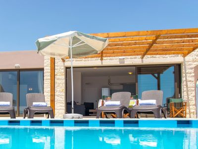 Photo for The modern beach domicile Blanca Ena is located in Crete, on the south coast in Frankokastello and can accommodate up to 6 people.
