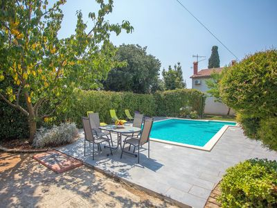 Photo for Modern apartment with shared pool ideal for a couple or families with children