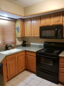 Photo for 2 Br Townhouse Close to Downtown and Stadium
