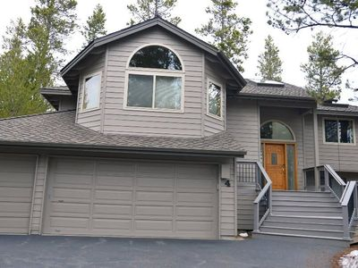 Photo for 4 Bittern Lane: 4 BR / 4 BA home in Sunriver, Sleeps 10
